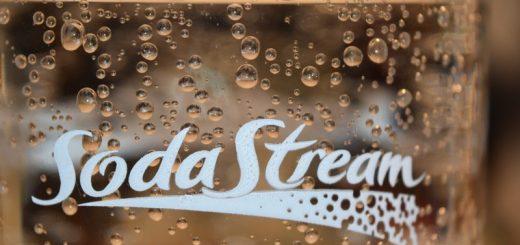 SodaStream flasker der holder sodavanden frisk